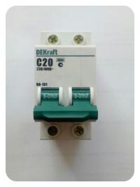 Выключатель автоматический 2Р 20А